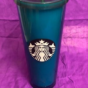 Starbucks Kitchen - Limited addition 20 ounce Starbucks coffee mug